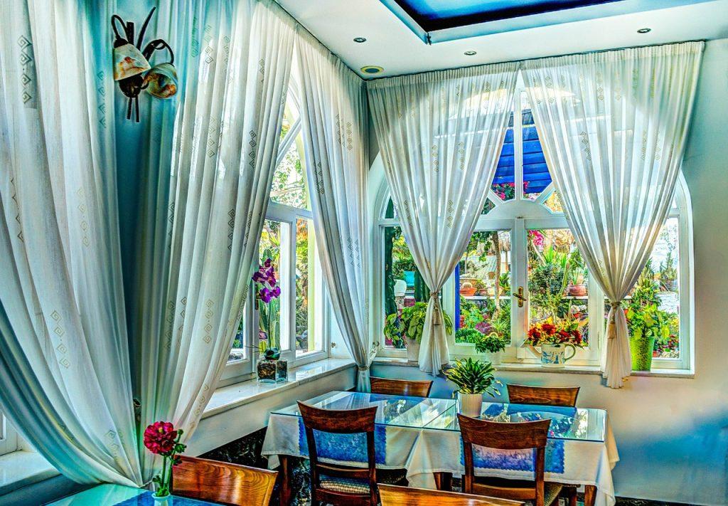 מלונות מפורסמים שהפכו לאתרי תיירות